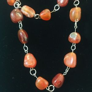 SILVER TONE NECKLACE WITH BROWN BEADS